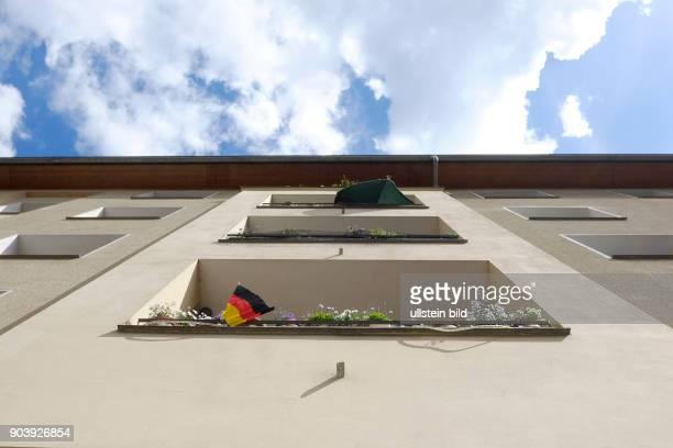 SchwarzRotGold Deuschlandfahne auf einem Balkon n BerlinPrenzlauer Berg anlässlich der FußballEuropameisterschaft in Frankreich