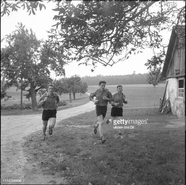 Schweizer Meisterschaft im Mannschafts-OL in Schaffhausen 1954
