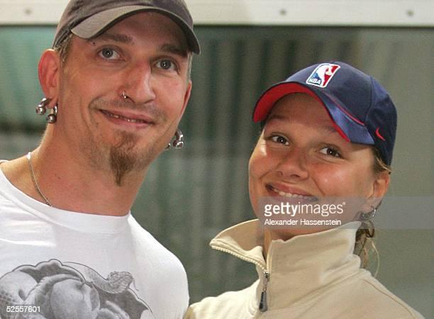 Schwimmen: Deutsche Meisterschaft 2004, Berlin; Stefan KRETZSCHMAR und seine Freundin Franziska van ALMSICK 05.06.04.