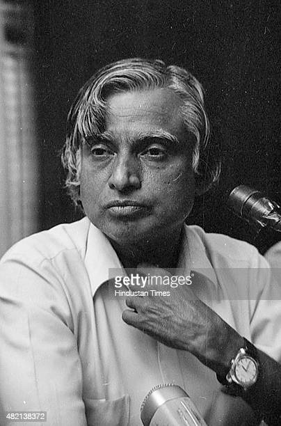 Scientist APJ Abdul Kalam addressing press conference after testing of Agni Missile on May 26 1989 in New Delhi India Avul Pakir Jainulabdeen Abdul...