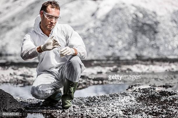 Wissenschaftler bei der Arbeit