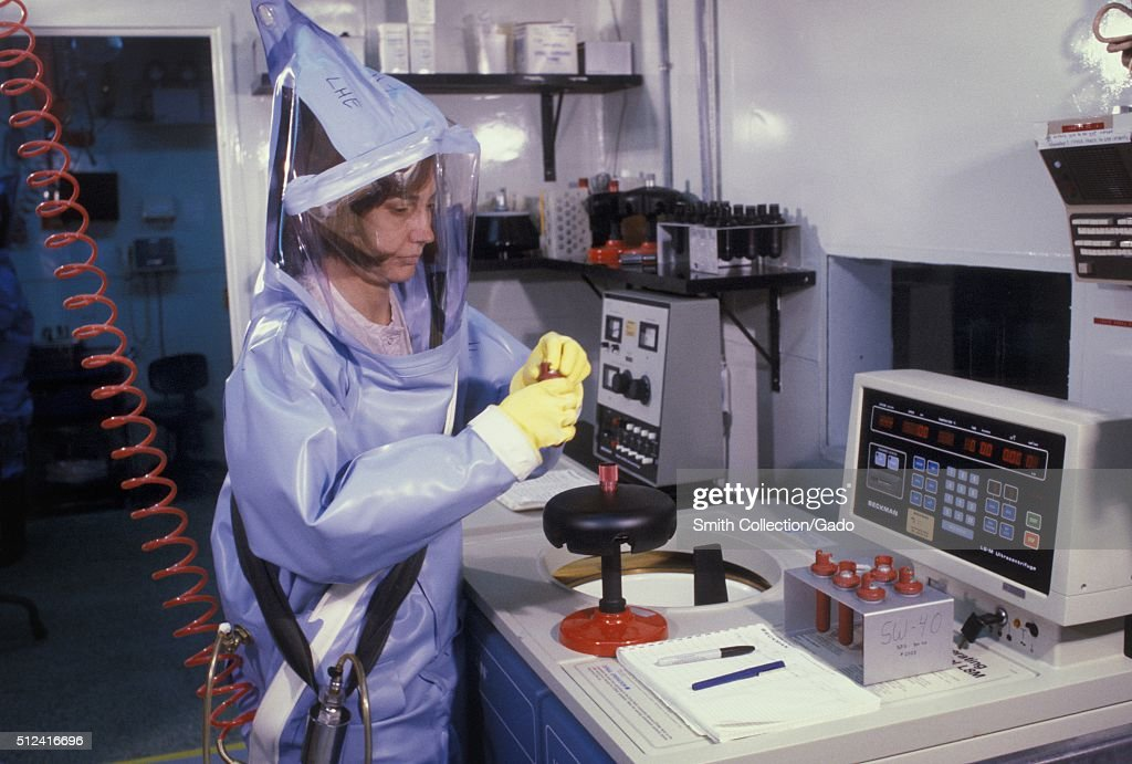 Biosafety Level 4 : News Photo