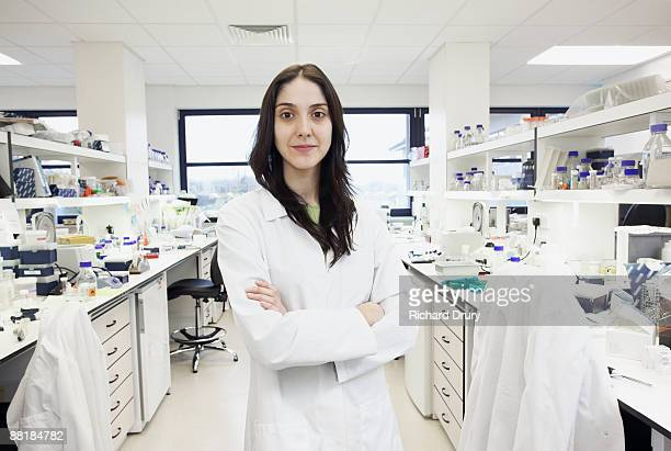 Scientist in bioscience laboratory