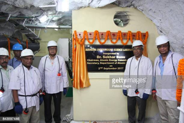 JADUGODA JHARKAHND INDIA SEPTEMBER 02 Scientists inaugurate the lab left to right Dr Ajit Mohanty Director Saha Institute of Nuclear Physics Dr...