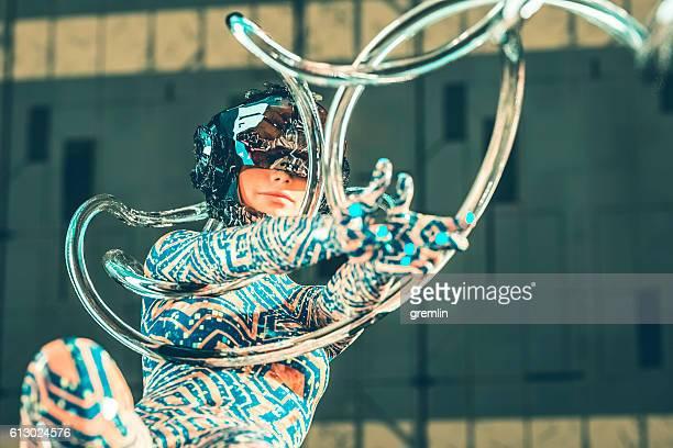 sci-fi cyborg connected with the hive - evolução - fotografias e filmes do acervo
