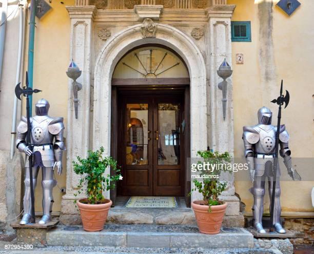 scilla, italy - レッジョカラブリア ストックフォトと画像