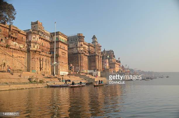 scindia ghat in varanasi - varanasi stock pictures, royalty-free photos & images