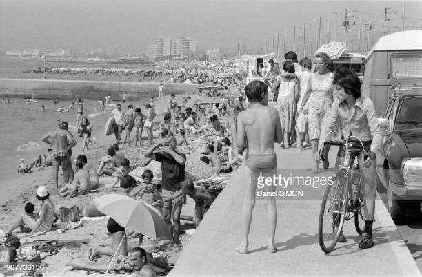 Scènes de vacances sur la Côte d'Azur le dimanche 22 juillet 1978 France