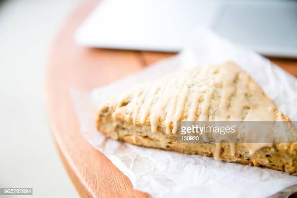a scone in the relaxing day - scone - fotografias e filmes do acervo
