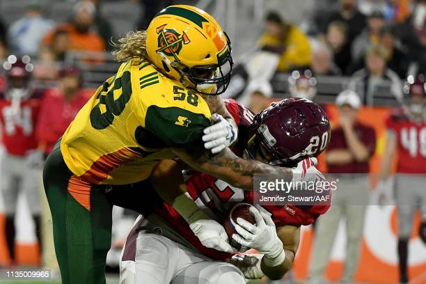 Scooby Wright of the Arizona Hotshots tackles Kenneth Farrow II of the San Antonio Commanders in the third quarter during the Alliance of American...