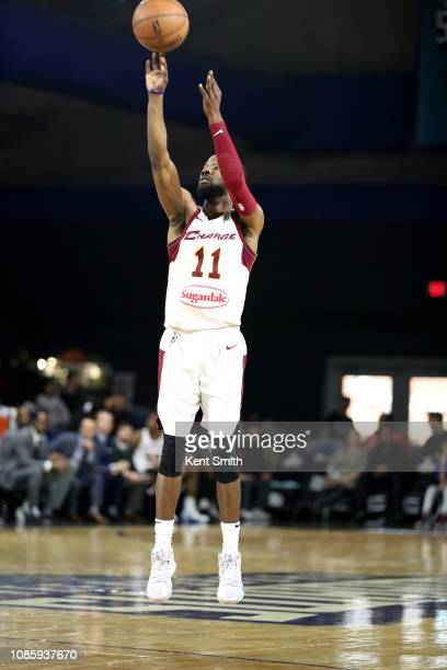 Scoochie Smith of the Canton Charge shoots the ball against the Greensboro Swarm on January 21 2019 at Greensboro Coliseum Fieldhouse in Greensboro...
