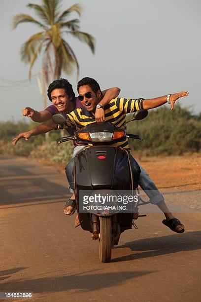 Scooter Reiten in Goa, Indien