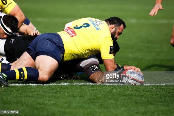Score a try Romain Taofifenua of Toulon during the Top 14 match between Toulon and Clermont at Felix Mayol Stadium on March 25 2018 in Toulon France