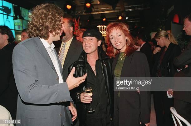 ScorpionsSänger Klaus Meine Ehefrau Gabi Auf Der Bertelsmann Party