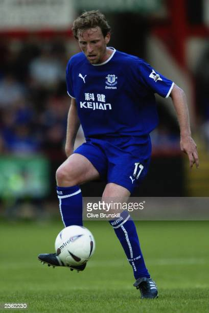 Scot Gemmill of Everton runs with the ball during the PreSeason Friendly match between Crewe Alexandra and Everton held on July 22 2003 at Gresty...