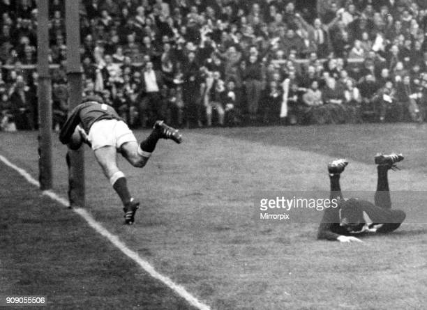 Scotland 18 v 19 Wales Rugby Union Five Nations Championship match held at Murrayfield John Taylor dives over for the first try 6th February 1971