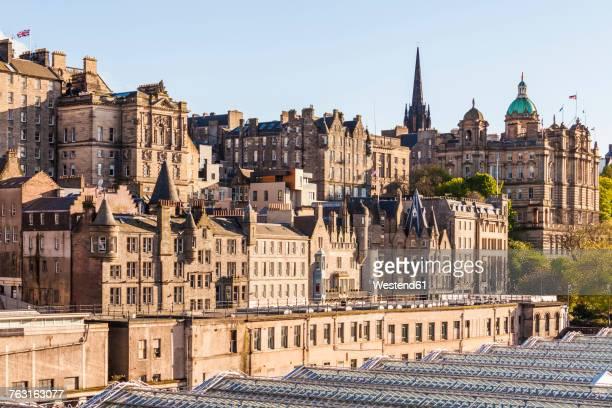 UK, Scotland, Edinburgh, cityscape as seen from North Bridge