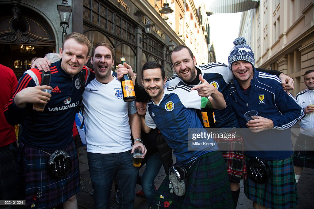 Scotland Fans Before World Cup Qualifier Against England In London : News Photo