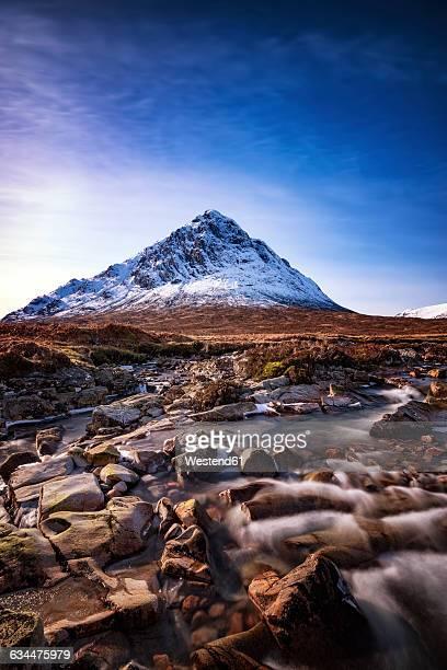 scotland, highlands, glencoe, glen etive, view to buachaille etive mor - glen etive mor stock pictures, royalty-free photos & images