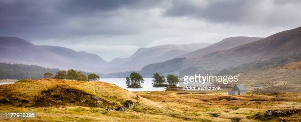 scotland loch ossian - scottish highlands stock pictures, royalty-free photos & images