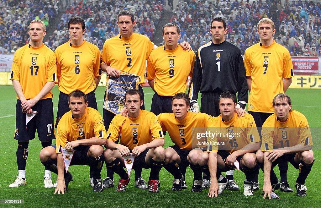Scotland team pose for photographers before playing at the Kirin Cup Soccer 2006 Scotland v Japan at Saitama Stadium on May 13, 2006 in Saitama, Japan.