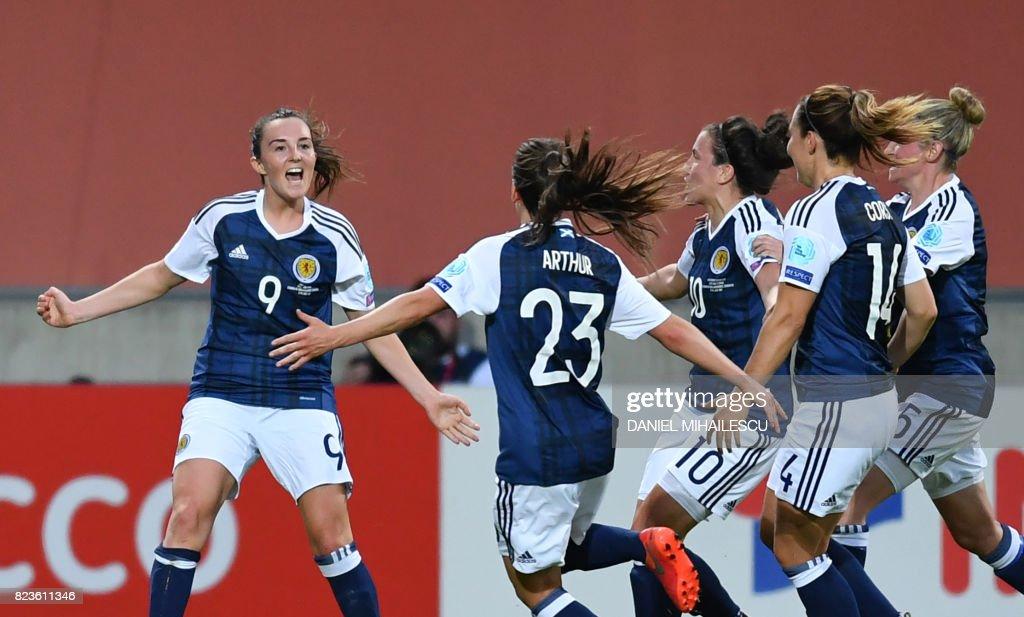 FBL-EURO-2017-WOMEN-SCO-ESP : News Photo