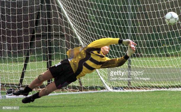 Scotland's goalkeeper Andy Goram practicing in the nets during a training session for the squad at StratforduponAvon this morning 9Friday