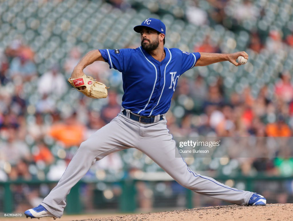 Scott Alexander #54 of the Kansas City Royals pitches against the Detroit Tigers during the ninth inning at Comerica Park on September 4, 2017 in Detroit, Michigan. The Royals defeated the Tigers 7-6.