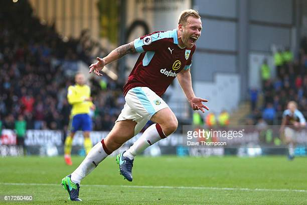 Scott Arfield of Burnley celebrates scoring his sides second goal during the Premier League match between Burnley and Everton at Turf Moor on October...