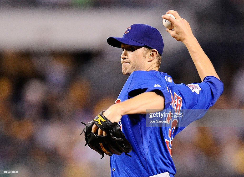 Scott Baker #32 of the Chicago Cubs pitches during the fifth inning against the Pittsburgh Pirates on September 14, 2013 at PNC Park in Pittsburgh, Pennsylvania.