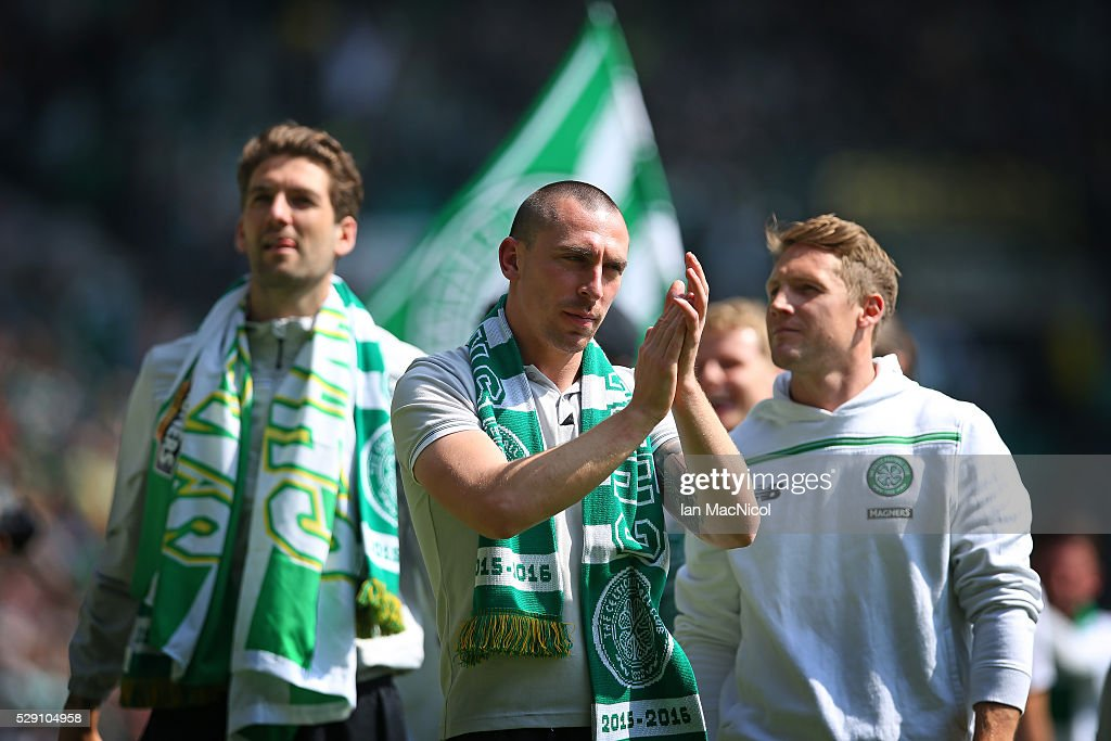 Scott Brown of Celtic celebrate at the end of the match during the Ladbrokes Scottish Premier League match between Celtic and Aberdeen at Celtic Park on May 8, 2016 in Glasgow, Scotland.