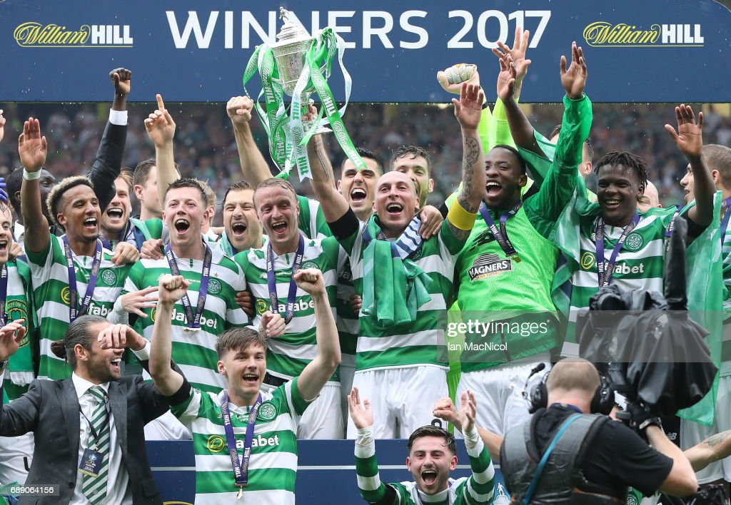 Scott Brown of Celtic lifts the trophy during the William Hill Scottish Cup Final between Celtic and Aberdeen at Hampden Park on May 27, 2017 in Glasgow, Scotland.
