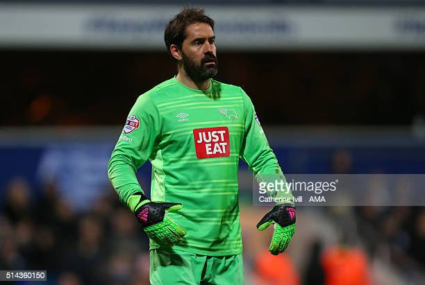 Scott Carson of Derby County during the Sky Bet Championship match between Queens Park Rangers and Derby County at at Loftus Road on March 8 2016 in...