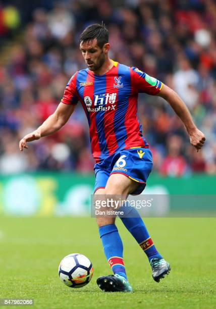Scott Dann of Crystal Palace runs with the ball during the Premier League match between Crystal Palace and Southampton at Selhurst Park on September...
