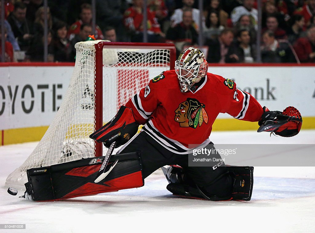 Toronto Maple Leafs v Chicago Blackhawks : News Photo