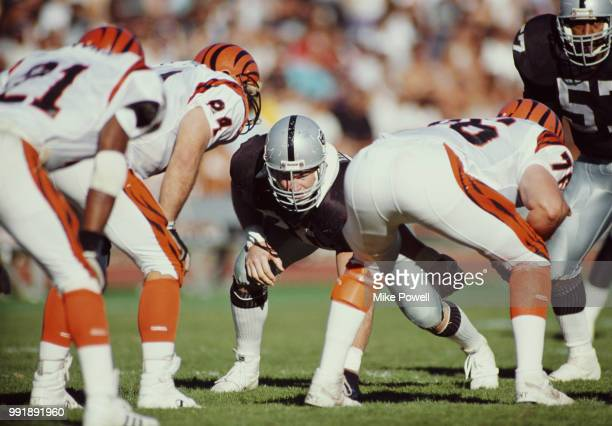 Scott Davis Defensive Tackle for the Los Angeles Raiders during the American Football Conference Divisional Playoff game against the Cincinnati...