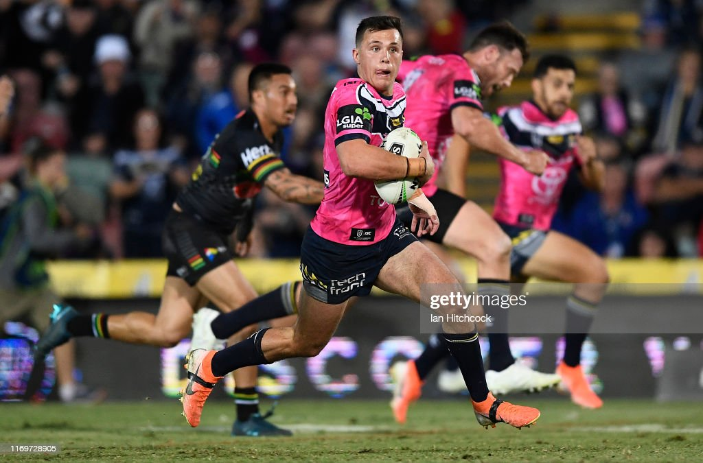 NRL Rd 23 - Cowboys v Panthers : News Photo