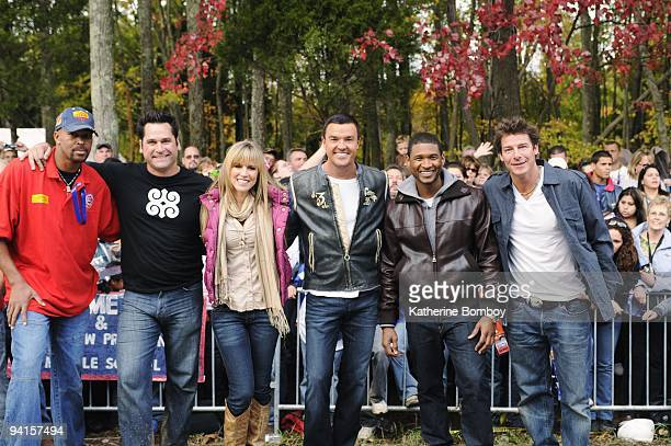 EDITION Scott family On October 17 Extreme Makeover Home Edition traveled to Clarksville Tennessee celebrity volunteers Usher and Selena Gomez guest...