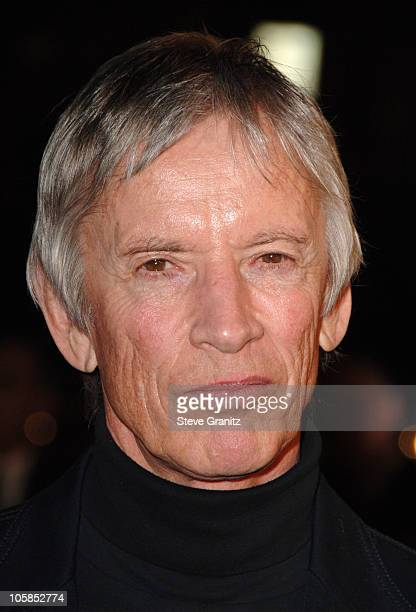 Scott Glenn during 300 Los Angeles Premiere Arrivals at Grauman's Chinese in Hollywood California United States