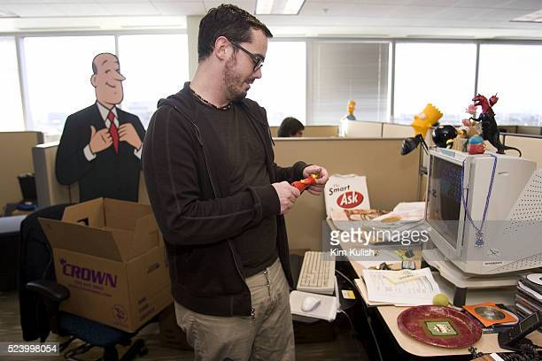 Scott Grieder sets up his new work area as Ask Jeeves moves into their new corporate headquarters in downtown Oakland Calif Ask Jeeves has recovered...