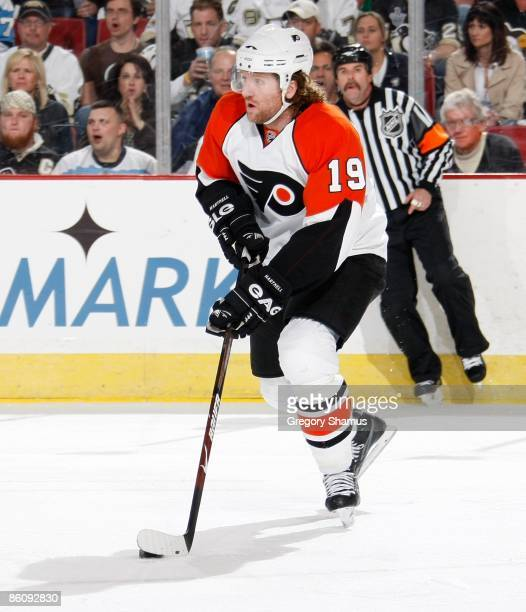 Scott Hartnell of the Philadelphia Flyers looks to pass against the Pittsburgh Penguins during Game Two of the Eastern Conference Quarterfinals of...