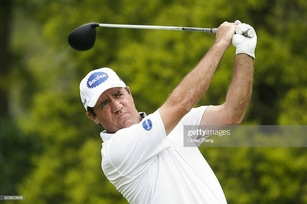 Scott Hend of Australia plays a shot during the first round of the Shenzhen International at Genzon Golf Club on April 21, 2016 in Shenzhen, China. Photo by Lintao Zhang/Getty Images)