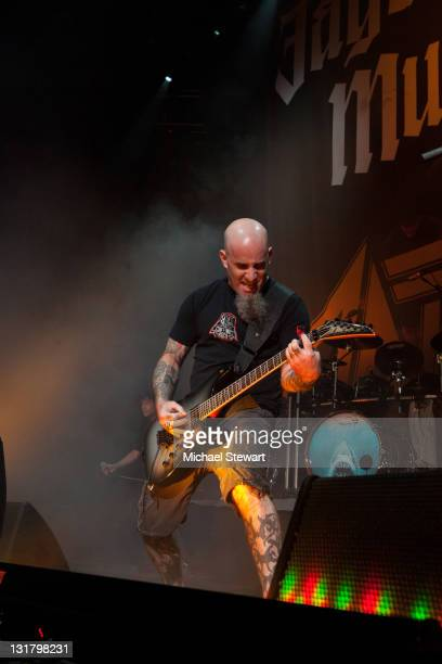 Scott Ian of Anthrax performs at the Nassau Veterans Memorial Coliseum on October 8, 2010 in Uniondale, New York.