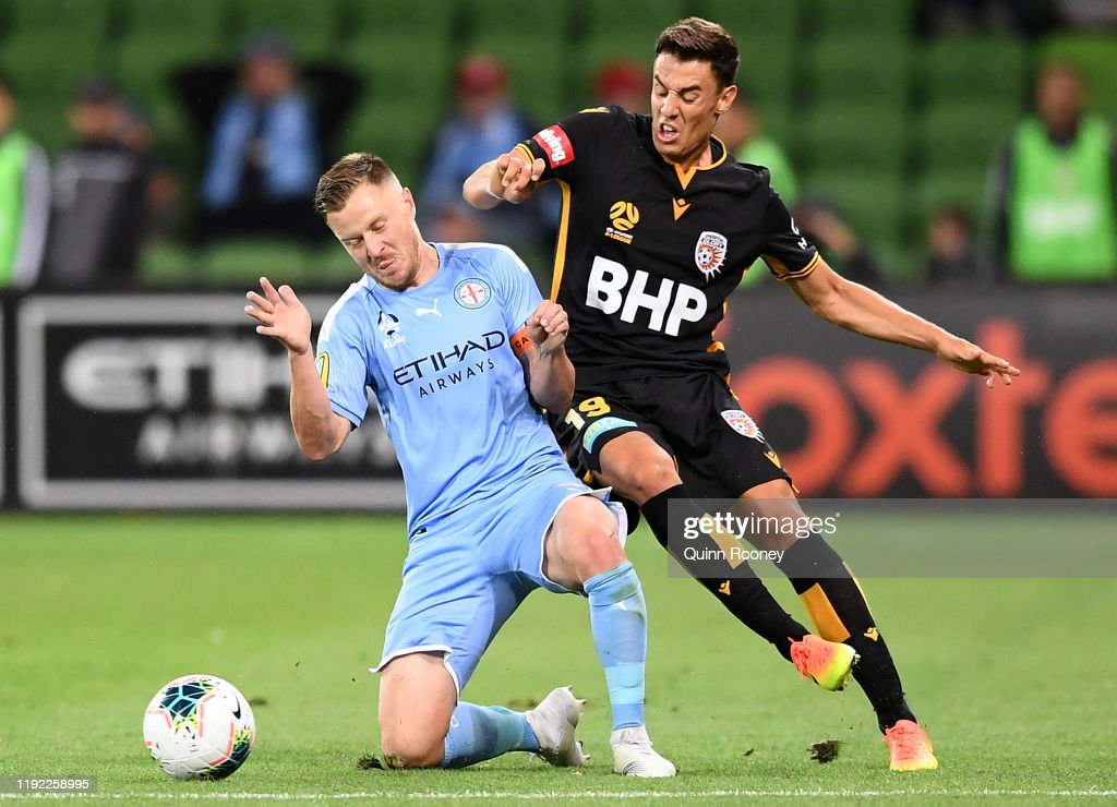 A-League Rd 9 - Melbourne v Perth : News Photo