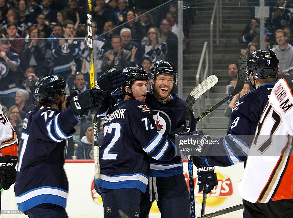 Anaheim Ducks v Winnipeg Jets : News Photo