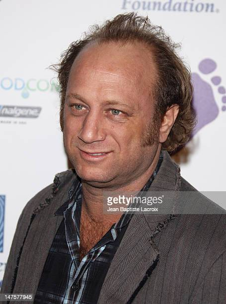 Scott Krinsky arrives at The Surfrider Foundation's 25th Anniversary Gala at the California Science Center's Wallis Annenberg Building on October 9...
