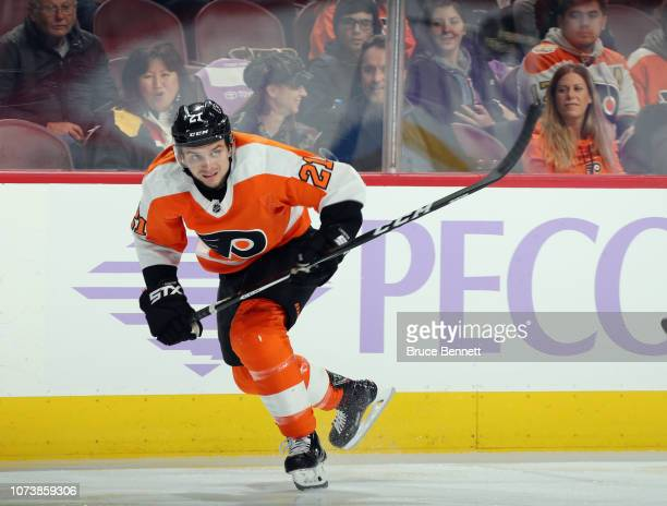 Scott Laughton of the Philadelphia Flyers skates against the Ottawa Senators at the Wells Fargo Center on November 27 2018 in Philadelphia...