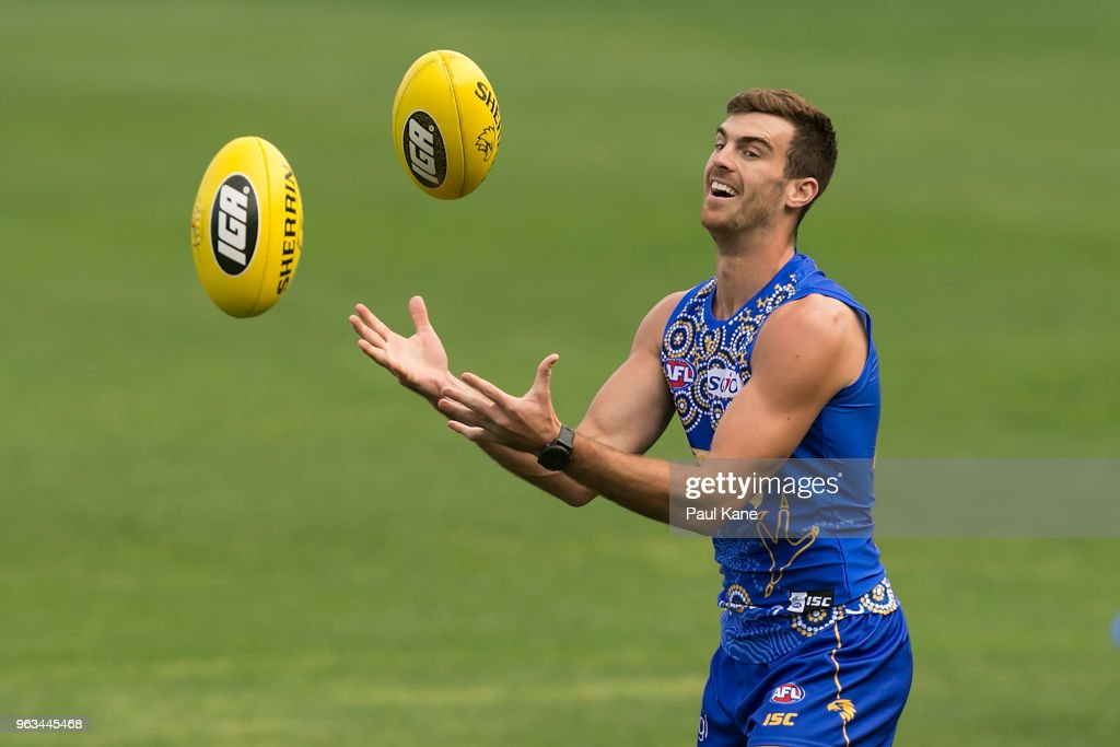 Scott Lycett works on a drill during a West Coast Eagles AFL training session at Subiaco Oval on May 29, 2018 in Perth, Australia.