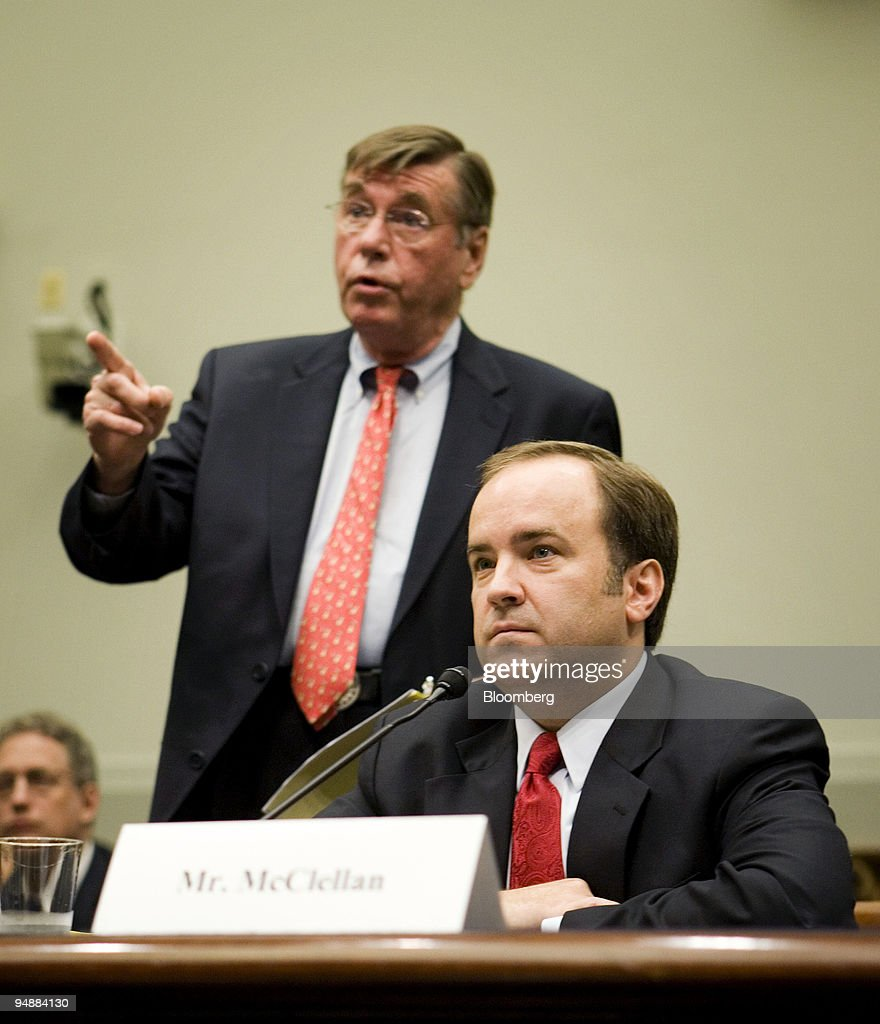 Scott McClellan, former press secretary for U.S. President George W. Bush, right, listens to his attorney Michael Tigar before making his opening statement a House Judiciary Committee hearing in Washington, D.C., U.S., on Friday, June 20, 2008. McClellan told lawmakers he doesn't know whether Vice President Dick Cheney or other government officials committed a crime in connection with the leak of a CIA operative's identity.