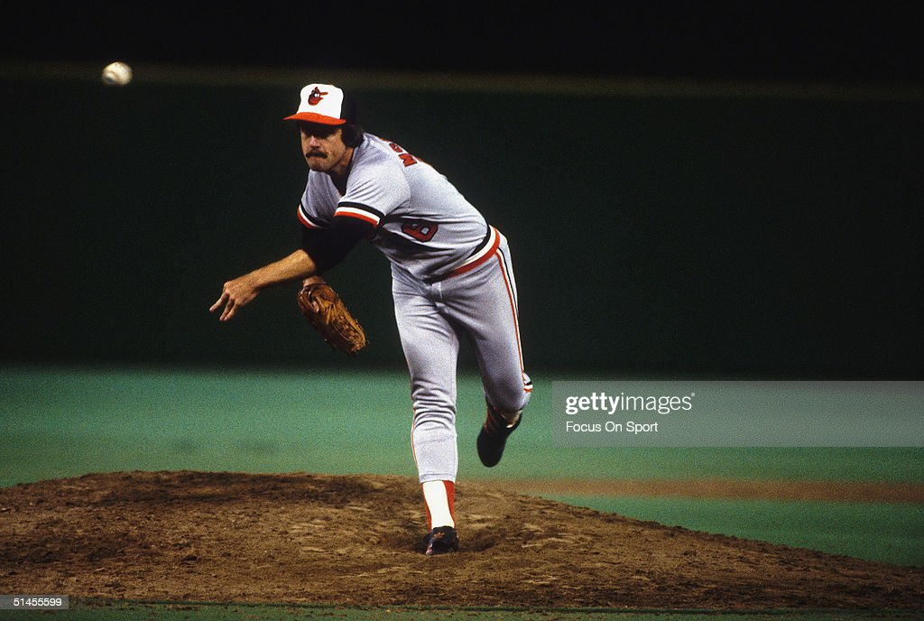 1983 World Series - Orioles v Phillies : News Photo